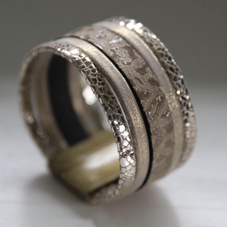 Le bracelet manchette cuir Valentine ♥ Tons naturels et cuir or pour ce nouveau modèle www.bymissgobijoux.com #bracelet #braceletmanchette #braceletencuir