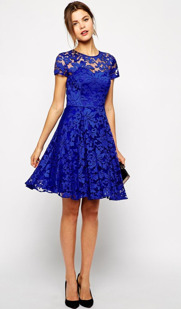 abiti da indossare nelle festività natalizie http://www.wholesalebuying.com/product/new-women-stylish-short-sleeve-o-neck-sexy-lace-zipper-dress-141722?utm_source=blog&utm_medium=cpc&utm_campaign=lendy121