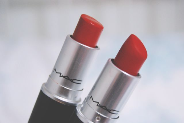 Becky Bedbug: Review: MAC lipsticks in Lady Bug and Ruby Woo