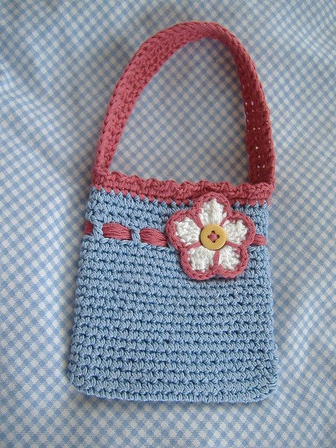 Little Miss Two. Gorgeous simple handbag, measures 12 x 12cm… quick and easy project. The flower embellishment really compliments it!   I can do this! ¯\_(ツ)_/¯