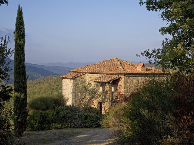 Guardiano, watchtower, overlooks the medieval village of Civitella in Val di Chiana on the opposite hill.