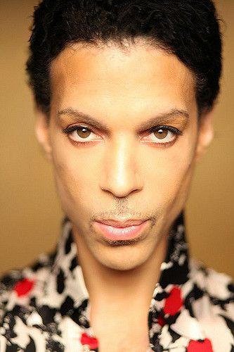 https://flic.kr/p/659s6x | Prince Rogers Nelson | Phtographed by Afshin Shahidi Source: www.drfunkenberry.com