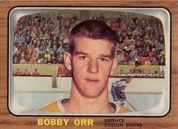 Bobby Orr rookie card. 1966-67 TOPPS #35.