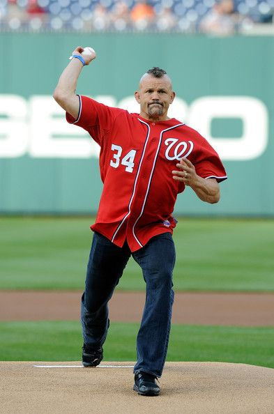 Chuck Liddell Throws Out the First Pitch