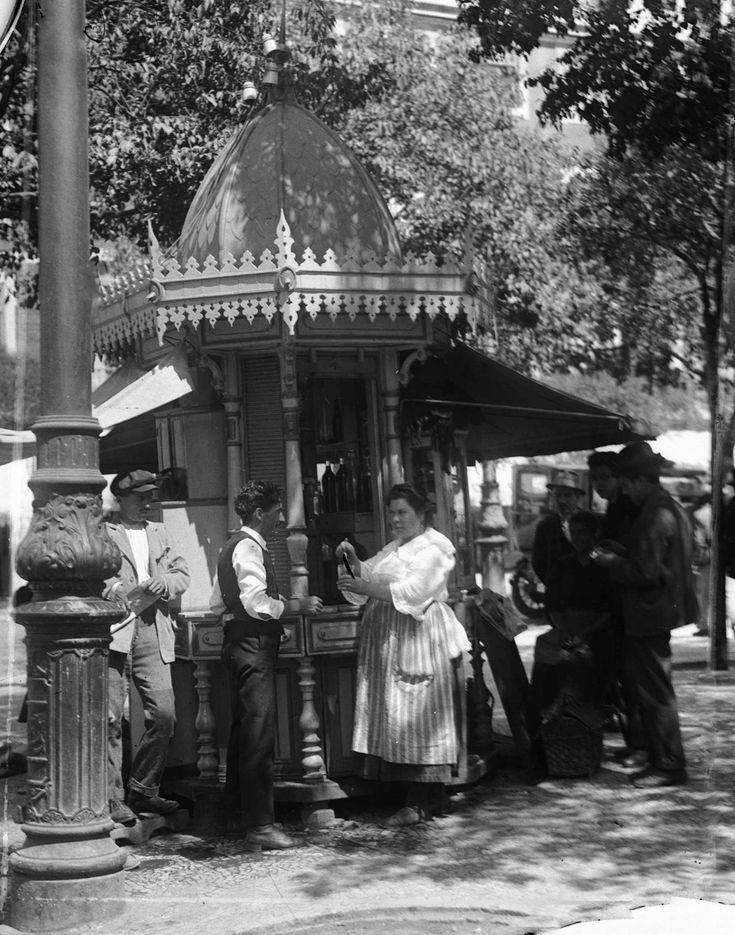 Kiosque Avenida da Liberdade, 1908.