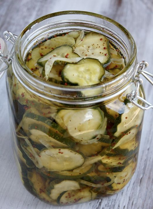 How to Make Bread and Butter Pickles {easy and delicious!}