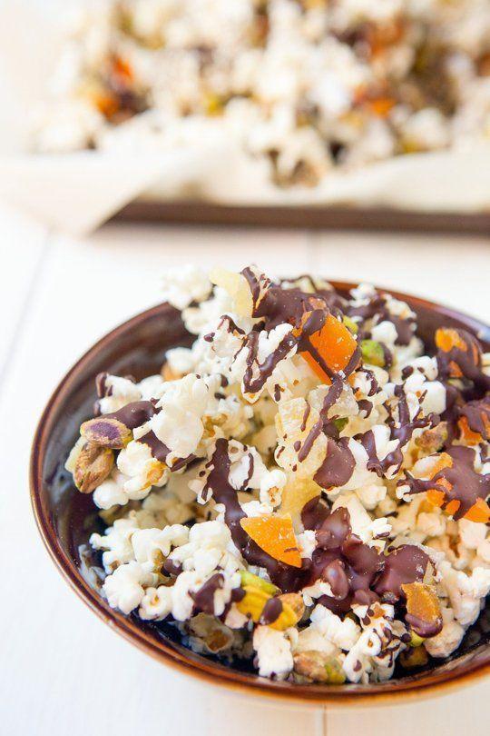 Recipe: Chocolate & Pistachio Popcorn Trail Mix