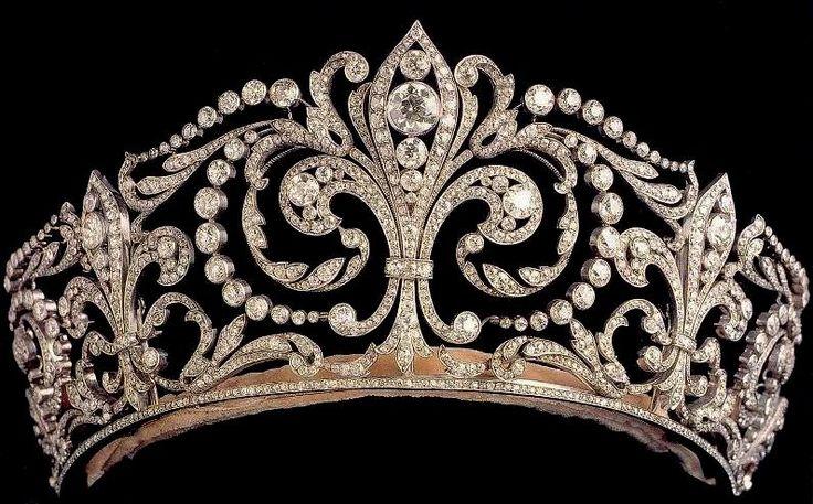 The Fleur de Lys Tiara (Spain) Made by Ansorena of Madrid in 1906 (The Royal Order of Sartorial Splendor)