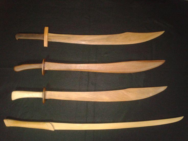 спине шлепок деревянный меч своими руками фото получите