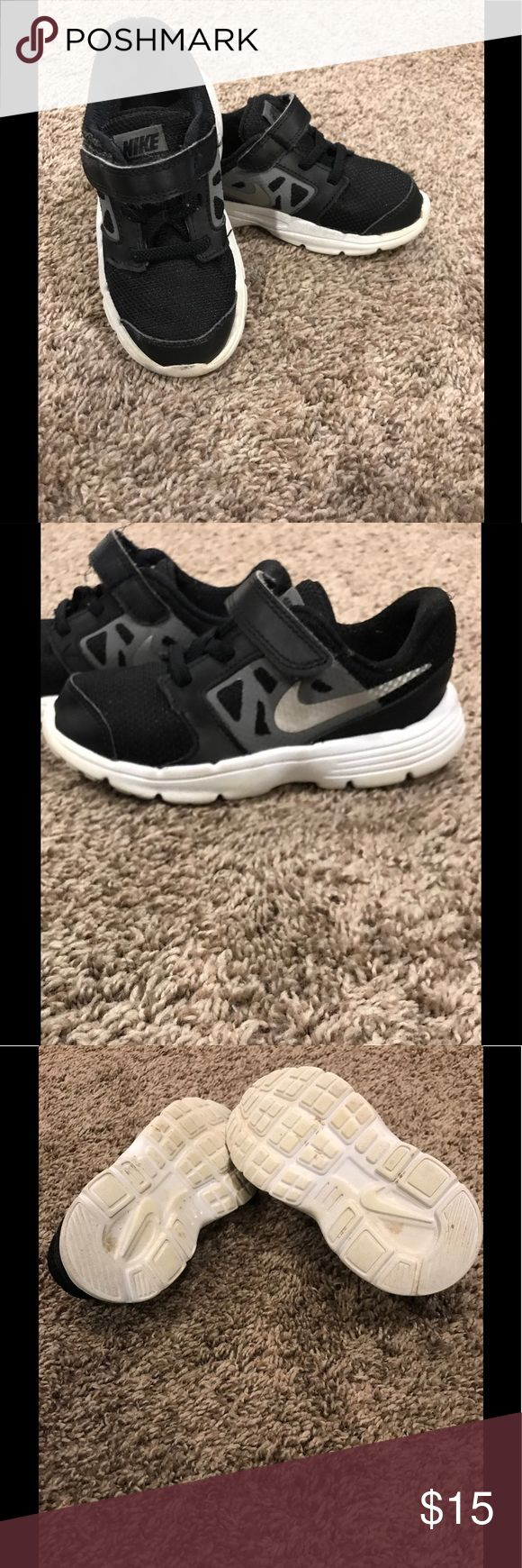 Toddler boys Nike shoes Nike shoes size 10c boys black and white used but good condition Nike Shoes Sneakers