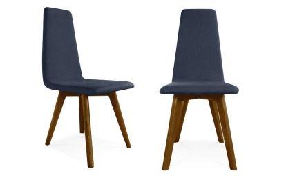 Breng een stukje Scandinavisch ontwerp in uw interieur met deze Kalmar stoelen. De stoel heeft taps toelopende poten een een stoffen bekleding. Het ontwerp is prachtig handgemaakt, eenvoudig, maar opvallend. Het frame is gemaakt van multiplex met een essen fineer. De zachtgevulde zitting en rugleuning zijn bekleed met een stof naar keuze. Ideaal voor een traditionele eetkamer, brengt de Kalmar sto