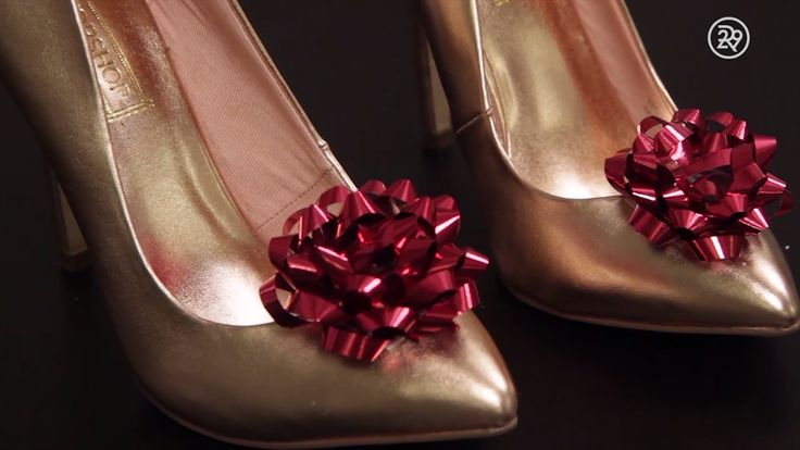 DIY Holiday Hack: Festive Shoes