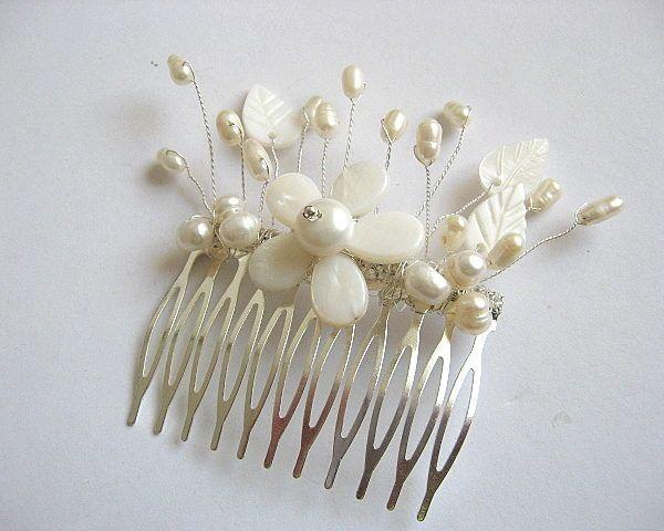 Pieptan pentru mireasa cu floare sidef - accesorii nunta / accesorii mirese