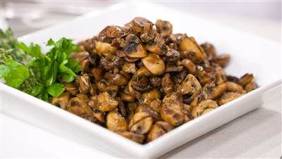 Sauteed Mushrooms With Marsala Wine & Thyme Recipe — Dishmaps