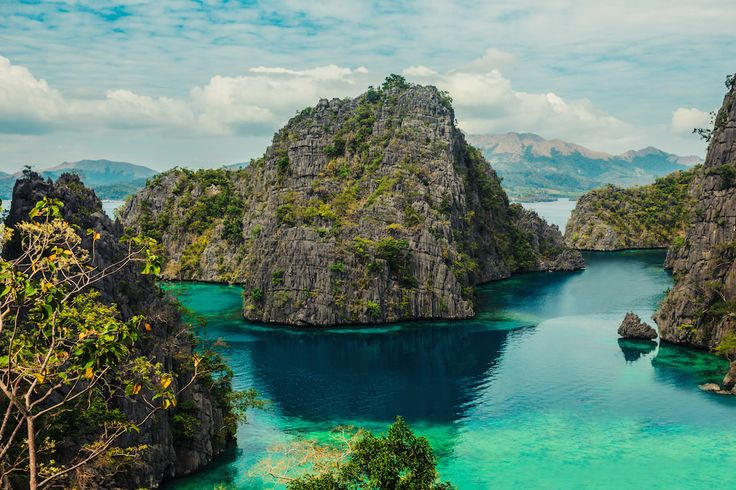 Les sept lacs de l'île Coron aux Philippines : 20 sites naturels considérés commesacrés - Linternaute