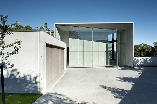 precast concrete walls house. Located in Auckland, N Z . by Daniel Marshall Architects.