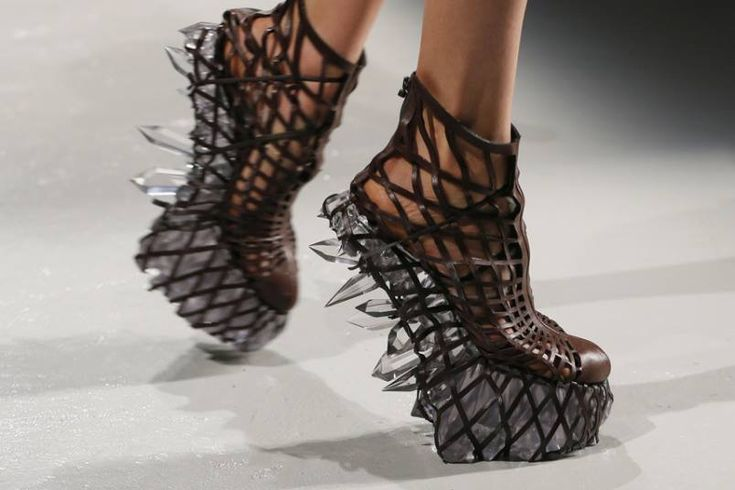 Van Herpen Magic Quartz summer design shoes