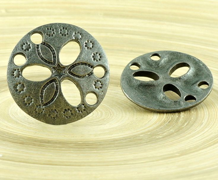 ✔ What's Hot Today: 1pc Flower Czech Findings Matte Aged Antique Silver Round 2 Two Hole Connector Focal Handmade 19mm https://czechbeadsexclusive.com/product/1pc-flower-czech-findings-matte-aged-antique-silver-round-2-two-hole-connector-focal-handmade-19mm/?utm_source=PN&utm_medium=czechbeads&utm_campaign=SNAP #CzechBeadsExclusive #czechbeads #glassbeads #bead #beaded #beading #beadedjewelry #handmade
