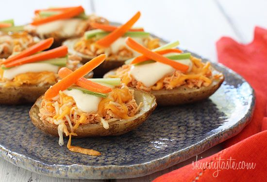 Skinny Buffalo Chicken Potato Skins | Skinnytaste; this is perfect for a Super Bowl party
