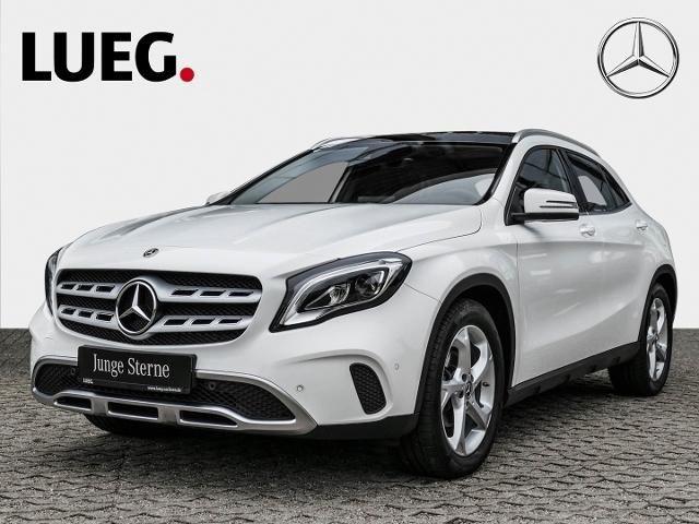Mercedes Benz Gla 180 Urban Ledhigh Pano Dach Fernlichtass Weiss