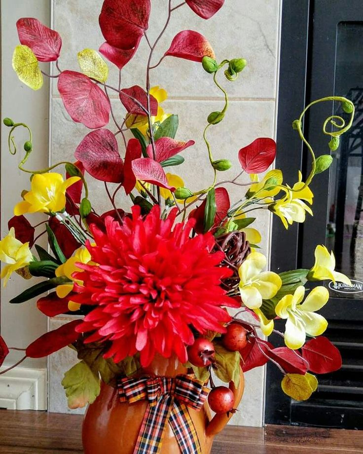 Fall decorations Silk flower arrangements https://m.facebook.com/delsitadecor/