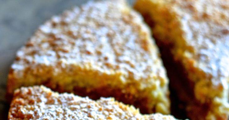 la pancia del lupo: Torta croccante di amaretti