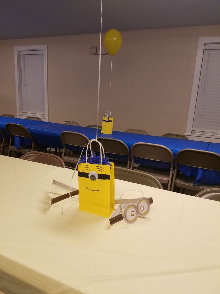 how to make minion party bags
