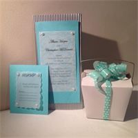 Pretty ribbon add a touch of elegance to plain noodle boxes.