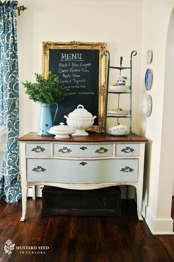 131 best buffets sideboards chalk paint ideas images on milk paint vs chalk paint the difference between the them and how to use each one from miss mustard seed love this with the menu chalkboard