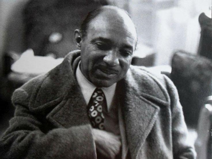 Em homenagem ao centenário de Lupicínio Rodrigues, celebrado em setembro, assista ao programa MPB Especial, da TV Cultura, realizado com o compositor em 1973, um ano anterior a sua morte.