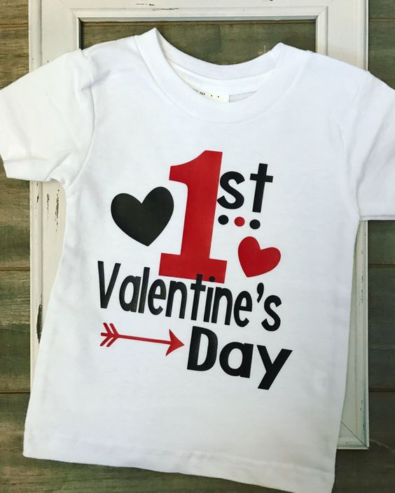 d54004c69 28 Awesome DIY Valentine's Day T-Shirt Ideas | Valentine t shirts ...