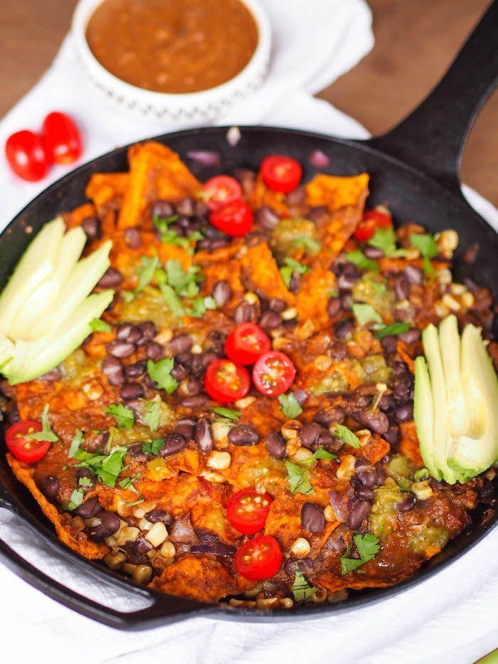 Vegan Mole Chilaquiles Registered Dietitian Columbia Sc Rachael Hartley Nutrition Vegetarian Mole Recipe Vegetarian Recipes Healthy Recipes
