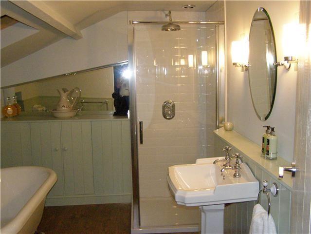 bathroom wallpaper homebase