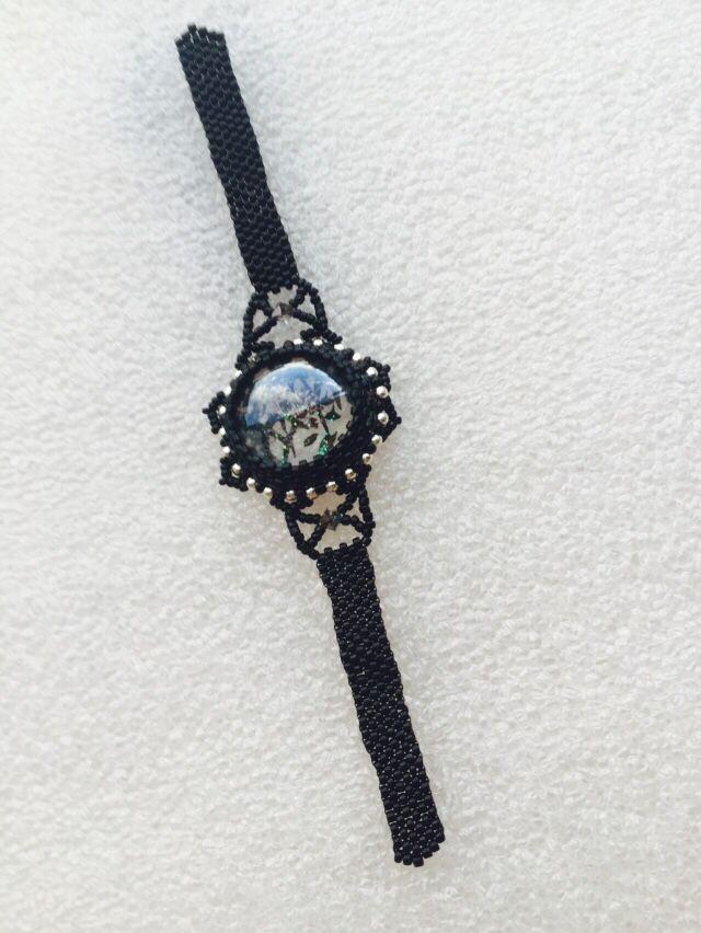 Projet de bracelet cabochon en verre décor rose perles Miyuki et Swarowski
