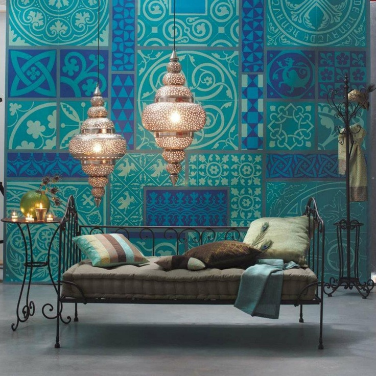 Love the color. Reminds me of tiles we saw in Turkey and Sammarkand