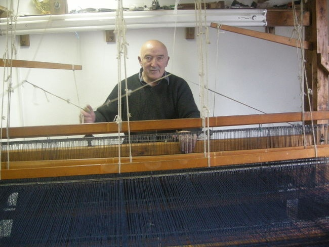 Eddie Doherty who has hand woven all our throws and soft furnishings http://www.handwoventweed.com