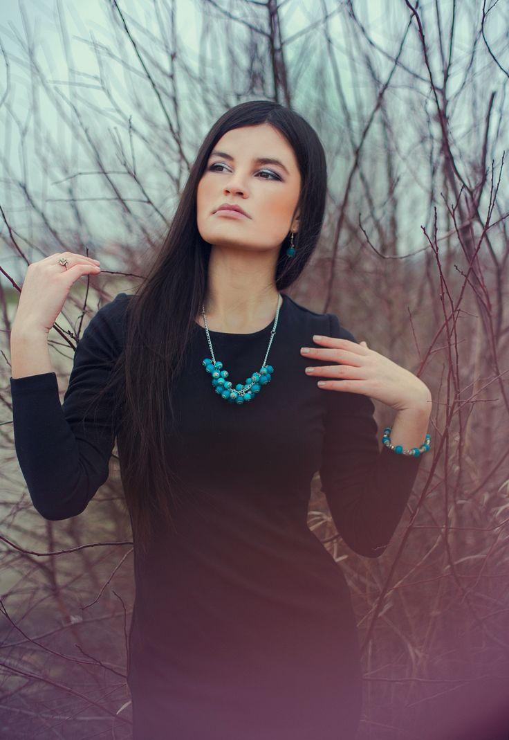 Model : Cosmina Simion Photo: Ileana Radulescu Accessories: CARP