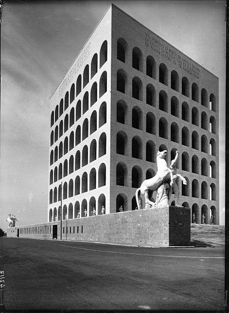 Palazzo della Civiltà Italiana (Colosseo Quadrato), Roma, Giovanni Guerrini, Ernesto Lapadula e Mario Romano