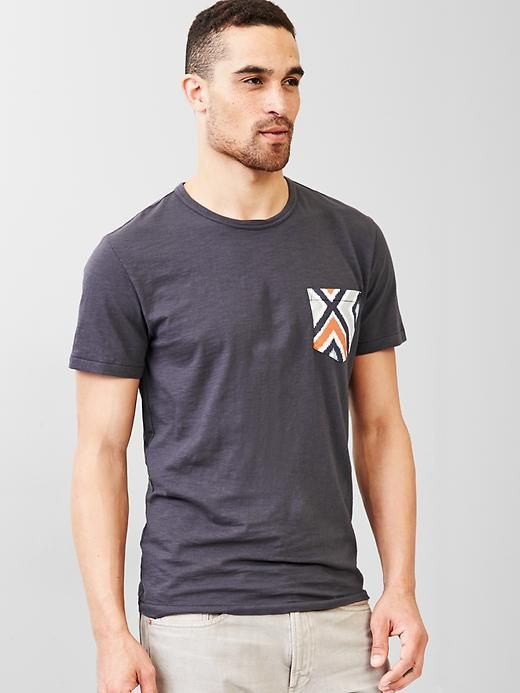 Lived-in print pocket t-shirt