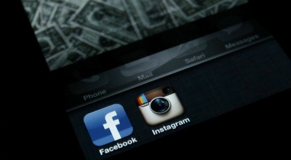 Pourquoi Facebook a payé si cher une entreprise qui ne rapporte rien. (via @slatefr)