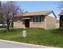 $174,900 L1520, 257 MEADOWVALE Crescent , CORNWALL, Ontario  K6J5K6