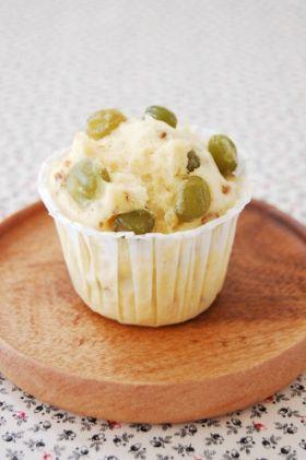 「おいし〜い!うぐいす豆とくるみの蒸しパン」natsu | お菓子・パンのレシピや作り方【corecle*コレクル】