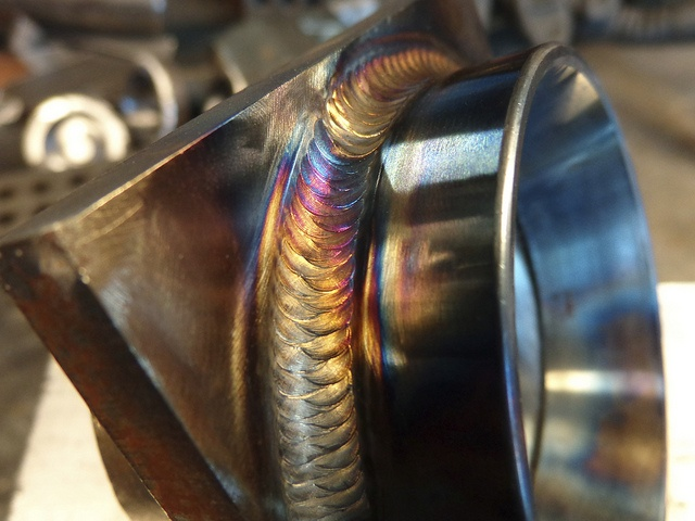 Some #weldporn for the weekend. Freehand. Just trying to stay warm! by Brown Dog Welding, via Flickr