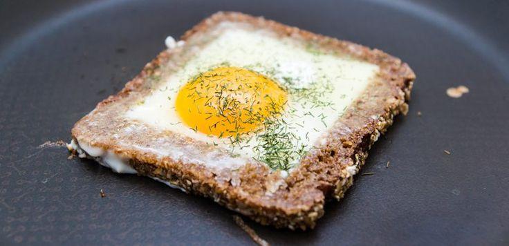Onko kuppi kahvia ja puurolautanen sopiva aamupala? Trainermaister arvioi viisi vaihtoehtoa ja antoi oman suosituksensa yhdestä päivän tärkeimmistä aterioista.
