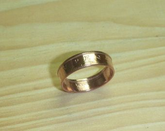 United Kingdom  20 Pence  Coin Ring