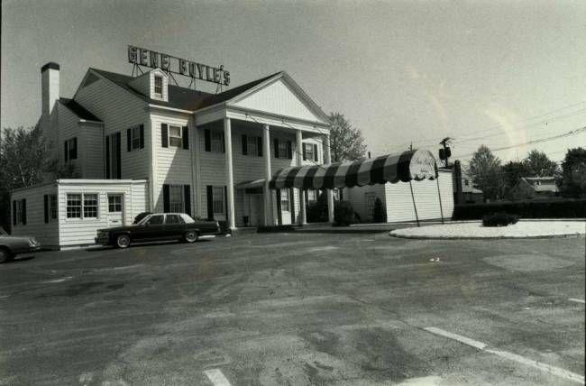 Gene boyle 39 s restaurant in clifton nj 1982 photo courtesy for Honda clifton nj