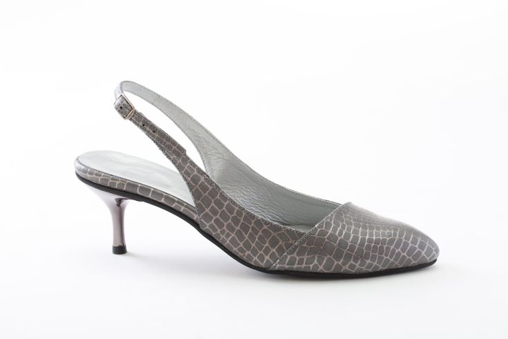 Womens Low-Heel Pointed-Toe Pumps Slingback Pointed Toe Kitten Pumps Classic Low-Heel Shoes Handmade Leather Shoes for Women Grey Pumps leather slingback norman and bella grey leather shoes Editors picks low-heel pumps pointed-toe heels womens classic pumps kitten pumps pointed toe shoes womens leather shoes slingback pumps grey heels gray high heels 230.00 USD #goriani