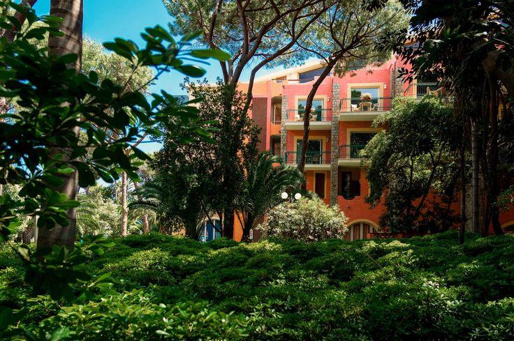 Hotel by the sea in Sardinia: Cala del Forte - Forte Village Resort