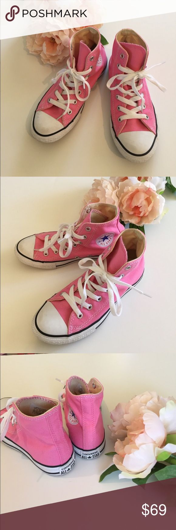 Converse - Kids high top Chucks Excellent condition. Kids size 2. Converse Shoes Sneakers