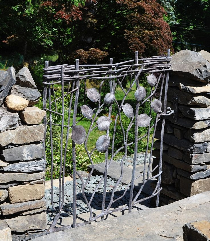 Sculpture And Garden Art , Artistic Metal Furniture And Gates   Garden And  Drive Gates LOVE